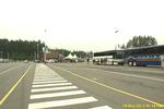 Bc rueckreise 011 swartz bay wartende busse.png