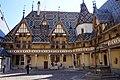 Beaune WLM2016 Hôtel-Dieu Cour intérieure (1).jpg