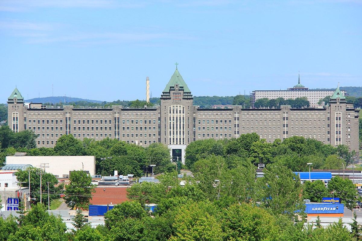 St Michel Quebec Hotel
