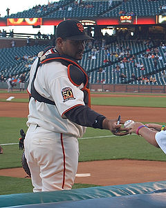 Bengie Molina signs for a fan.jpg