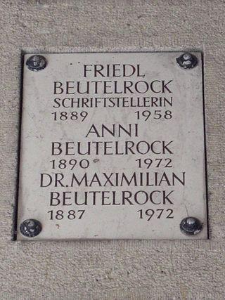 Friedl Beutelrock