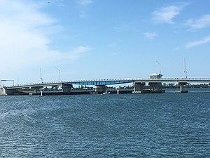 Boca Grande Causeway - Image: Boca Grande New Swing Bridge