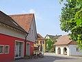 Bollschweil, Dorfplatz in der neuen Ortsmitte.jpg