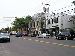 Boston Post Road in Darien's retail district