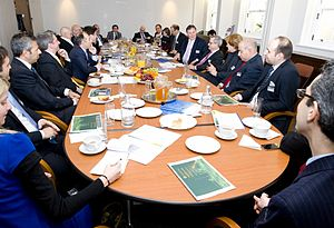 English: Private Roundtable with Lord Fink