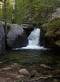 Bridal Veil Falls trail (9295968627).jpg