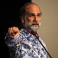 Bruce Schneier at CoPS2013-IMG 9233.jpg