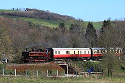 Buckfastleigh - L92 arriving from Totnes.JPG