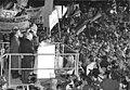 Bundesarchiv Bild 183-1989-1219-034, Dresden, Besuch Kohl, Rede auf Altmarkt.jpg