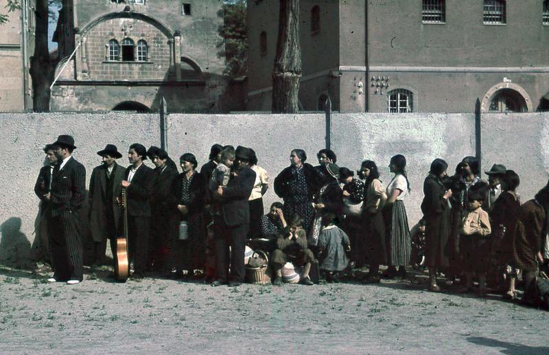 Bundesarchiv R 165 Bild-244-48, Asperg, Deportation von Sinti und Roma
