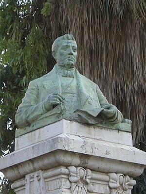 Bust de l'escritor valencià Josep Bernat i Baldoví