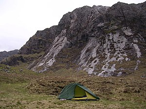 English: Camping at Head of Fionn Loch. The mo...
