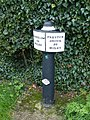 Canal Milepost at SJ79665797.jpg