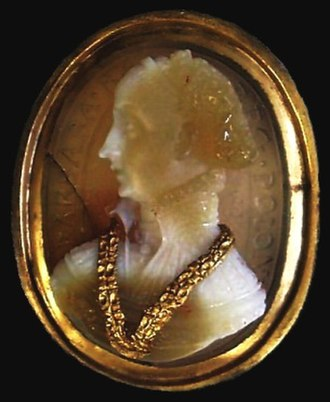 Jacopo Caraglio - Sardonyx and gold cameo of Queen Barbara Radziwiłł of Poland, c. 1550