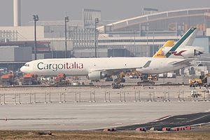 Cargoitalia MD11 EI-EMS.JPG