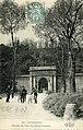 Carte postale - 28 - SURESNES - Entrée du Fort du Mont-Valérien (piétons et cyclistes, civils et militaires) - Recto.jpg