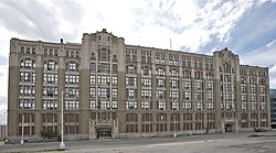 Careless music editors were bantered about at this High School in Detroit