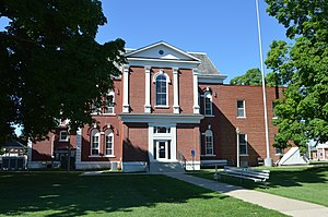 Cass County Courthouse, Virginia.jpg