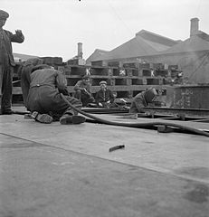 Cecil Beaton Photographs- Tyneside Shipyards, 1943 DB113.jpg