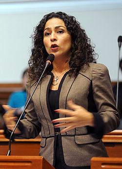 Cecilia Chacón2.jpg