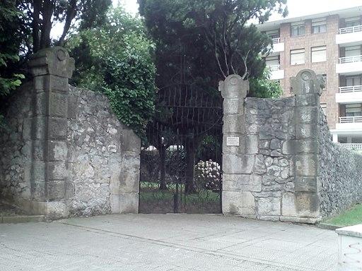 Cementerio protestante de Cazona