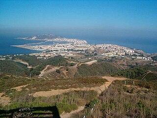 Halbinsel und Hafen (Blickrichtung Osten)