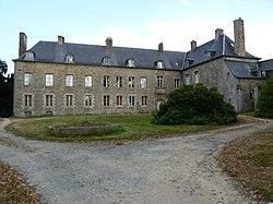Château des Salles à Guingamp.JPG
