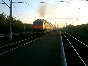 Файл:ChS8-055 with train.webm