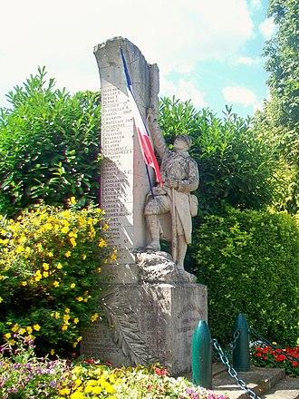 War memorials (Oise) - The Monument aux Morts at Champagne-sur-Oise