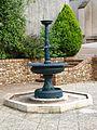 Champignelles-FR-89-fontaine décorative-08.jpg