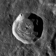 钱特陨石坑