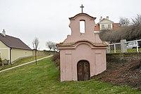 Chapel in Studeněves 01.jpg