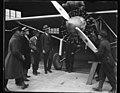 "Charles Lindbergh and airplane ""Spirit of St. Louis"" LCCN2016888583.jpg"