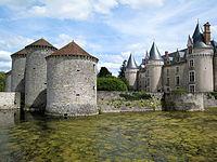 Chateau-bourg-archambault.jpg