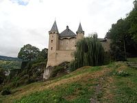 ChateauDeManuelAlbertville01.JPG