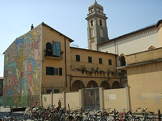Sant'Antonio Abate (Pisa) - Side of church with mural by Keith Haring