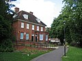 Chute House - Glebe Gardens - geograph.org.uk - 854986.jpg
