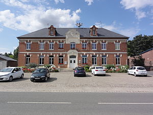 Clastres - The town hall and schools of Clastres