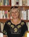 """Claudia Partole la o întâlnire cu copiii la biblioteca """"Ovidius"""" (cropped).jpg"""