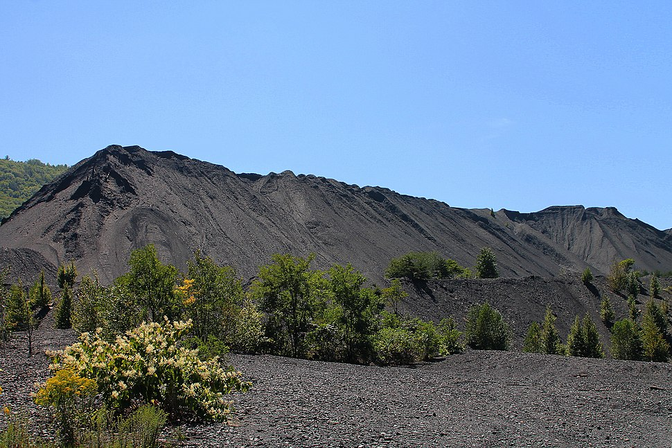 Coal waste pile west of Trevorton, Pennsylvania far shot 2