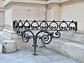 Corner fence at niederösterreichische Landhaus.jpg