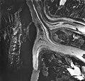 Crillon Glacier, valley glacier with large moraines, August 24, 1963 (GLACIERS 5323).jpg