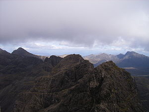 English: Looking along the main Cuillin Ridge ...