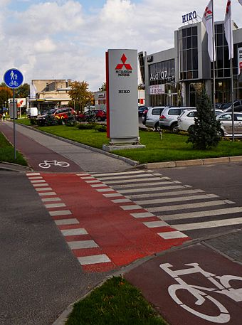 Cycle lane along Lypynsky Street Cycle route along Lypynsky Street.JPG
