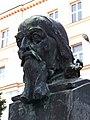 Děčín, Komenského náměstí, busta Komenského.jpg