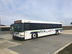 DART First State bus 422 at Christiana Mall.jpg