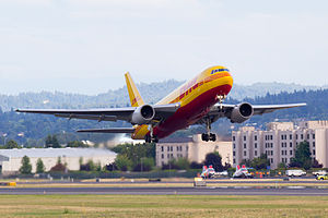English: N785AX, a Boeing 767-200 in the DHL l...