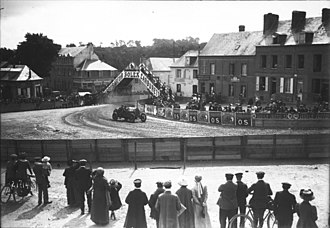 David Bruce-Brown - Image: David Bruce Brown in his Fiat at the 1912 French Grand Prix at Dieppe (19)