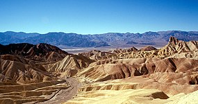 Death Valley Zabriskie Point.jpg