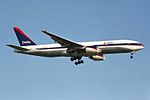 Delta Air Lines Boeing 777-232-ER N862DA (26165120654).jpg